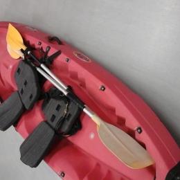 Kayak + bidon + siège + pagaie