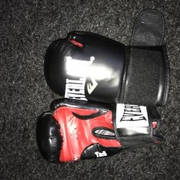 Gants boxe femme Everlast Taille S rouge/noir