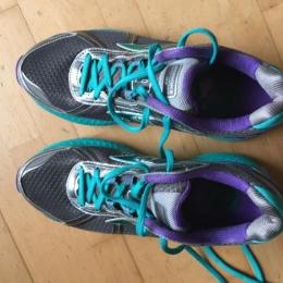Chaussures running Brooks gts 17 pointure 41