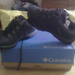 Chaussures randonnée homme 42 neuves Columbia