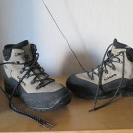 Chaussures de trekking LOWA Femme