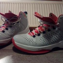 Chaussures de basket jordan Melo M11
