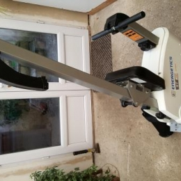 Rameur Énergetics ST 700 Rower