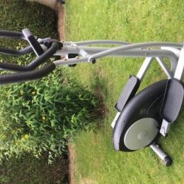 Vélo elliptique Domyos