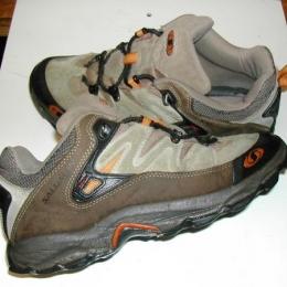 Chaussures de randonnées basses SALOMON
