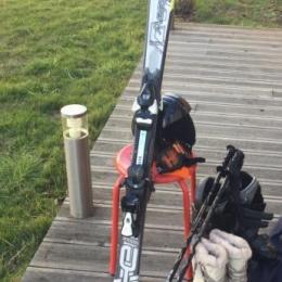 Skis 150cm avec fixation Salomon