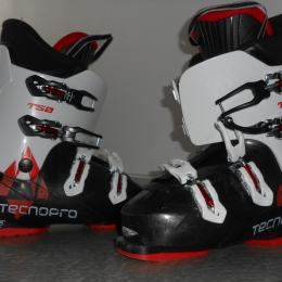 Chaussures de SKi TECHNOPRO servi une semaine