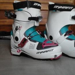 PLUS DE VUES Chaussure Ski de Randonnée Dynafit TLT6 Mountain Women's CR   Chaussure Ski de Randonnée Dynafit TLT6 Mountain Women's CR  DYNAFIT CHAUS