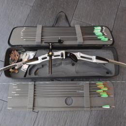Valise avec Arc + fleche + viseur + accessoires