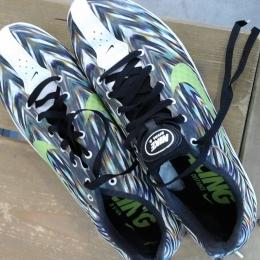 Chaussures à pointes demi fond