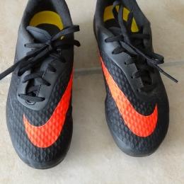 Chaussure Jr foot NIKE